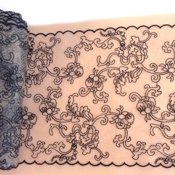 Вышивка на сетке 22см телесный черным орнаментом