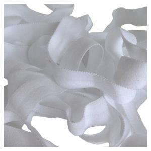 Резинка окантовочная 15мм 626/15 белый (001)